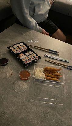 Cute Date Ideas, Sushi Love, Late Night Snacks, Ulzzang, Sweet Words, Bon Appetit, Truffles, Instagram Story, Food Porn