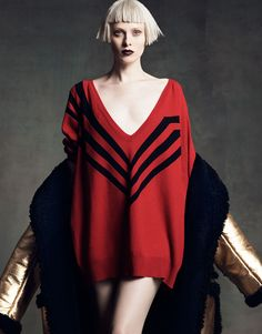 Perfect Icons: Karen Elson in Prada Fall 2014 by Luigi + Iango for Vogue Japan September 2014 Karen Elson, Foto Fashion, Fashion Models, High Fashion, Fashion Show, Fashion Tape, Fashion Gallery, Vogue Fashion, Red Fashion