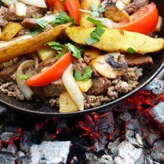 Takk til hogstflata - Kirsten Winge Pot Roast, Tacos, Mexican, Meat, Ethnic Recipes, Desserts, Food, Cilantro, Carne Asada