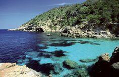 Cala Xuclar, Ibiza, Spain. La otra cara de Ibiza, playas de Ibiza, rincones de Ibiza, paisajes de Ibiza, Cala Conta Ibiza, Ibiza isla blanca, sitios que visitar en Ibiza, Ibiza beaches, Ibiza white island, places to go in Ibiza