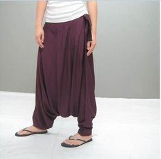 I would be content even if I was the only one wearing them. Aladdin Pants, Simple Style, My Style, Harem Trousers, Indian Outfits, Indian Clothes, Fashion Hub, Plus Size Fashion, What To Wear