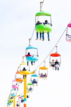 dreamtravelspots:  Colorful lift in Santa Cruz