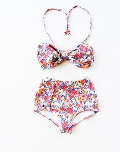 High Waisted Bikini Vintage Bow floral flowers roses Bandeau top Cute Sexy Swimwear Retro Swimming Costume Look Hot be Cool Bathing suit
