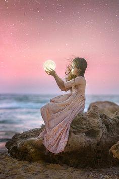 Fairy Photography, Moonlight Photography, Little Girl Photography, Narrative Photography, Cute Kids Photography, Tumblr Photography, Girl Photography Poses, Beautiful Fantasy Art, Fairy Photoshoot