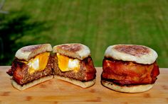 Just in time for a tailgating party or autumn barbecue, here's a master recipe for Beer-Can Burgers along with three globally inspired variations. Beer Recipes, Grilling Recipes, Snack Recipes, Cooking Recipes, Smoker Recipes, Grilling Ideas, Bbq Ideas, Dinner Recipes, Smoked Hamburgers