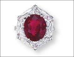 Anello con rubino e diamanti di Edmond Chin