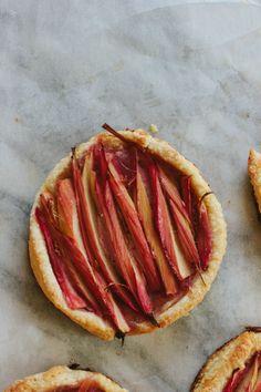 rhubarb puff pastry tart | threadedbasil.