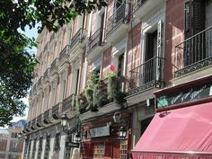 Calle de San Martín, Centro. Madrid by voces, via Flickr