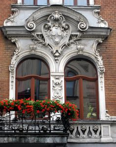 Baroque Window Balcony in Krakow, Poland. Baroque Architecture, Beautiful Architecture, Beautiful Buildings, Architecture Details, Arched Windows, Windows And Doors, Fachada Colonial, Glam House, House Front Design