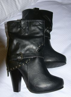 My new boots <3 by Marilka, via Flickr