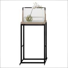 DORO Flower Stand | Chi Wing Lo, Designed & Made in Italy