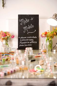 Make a Mobile - 8 Fun Baby Shower Crafts and Party Activities. Alternatives to baby shower games. Fiesta Baby Shower, Baby Shower Fun, Baby Shower Favors, Shower Party, Baby Shower Parties, Shower Gifts, Baby Showers, Baby Shower Crafts, Baby Shower Activities