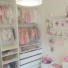 This makes me want to re-organise Miss Alaina's wardrobe..