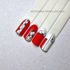 1, 2 или 3? 💕 By @antonina_mykolaychuk ⠀ ⠀ ⠀ ●○●○● #геометриянаногтях #геометрическийманикюр #абстракциянаногтях#минимализм… Stamping Nail Art, Gel Nail Art, Beautiful Nail Designs, Beautiful Nail Art, Nail Polish Designs, Nail Art Designs, Nail Art Fleur, Geometric Nail Art, Modern Nails