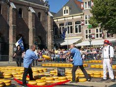 The Alkmaar Cheese market