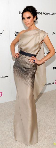 vestido largo en crema - beige & negro - Victoria Beckham
