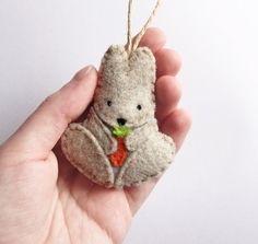 Felt bunny ornament woodland Christmas by InspirationalGecko Felt Christmas Ornaments, Christmas Crafts, Woodland Christmas, Easter Crafts, Felt Crafts, Felt Bunny, Easter Bunny, Easter Eggs, Diy Ostern