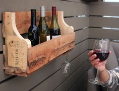 #DIYReady Pallet Wine Rack | Step-by-step tutorial with photos