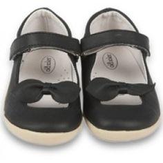 http://www.minimaniac.be/collectie-meisjes/schoenen/zwarte-schoenen-old-soles.html