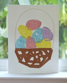 Easter Egg Sponge Painting is an awesome Easter art project! So easy, and so cute.