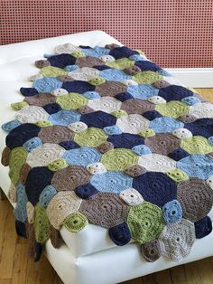 Love the colors and pattern- maybe my next baby blanket. So come on someone have a boy!
