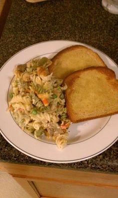 Rainbow Rotini, Chicken & Broccoli Casserole from Food.com:   								Another quick and easy meal that is healthy and tasty.