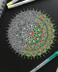 128 отметок «Нравится», 10 комментариев — Kaleb (@my_mandalaart) в Instagram: «Half colour half black and white mandala  let me know what you think! • • • • • • • • •…»