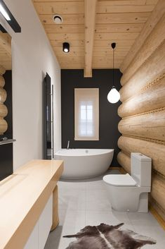 Łazienka w stylu challet / Challet style bathroom. Log Home Bathrooms, Rustic Bathrooms, Dream Bathrooms, Timber House, Wooden House, Log Homes Exterior, Rustic Bedroom Design, Country House Interior, Home Goods Decor
