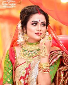 """You take care of your wedding. We will take care of your pictures📷"""" - . Beautiful Bridal Makeup, Best Bridal Makeup, Bridal Makeup Looks, Indian Bridal Photos, Indian Bridal Fashion, Bridal Wedding Dresses, Bridal Style, Wedding Shoot, Hindu Bride"""