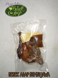 olahan rumah bebek peking asap yang unik dan khas,,, website: http://rumahbebekasap.onigi.com  fb: https://www.facebook.com/rumahbebekasap?ref=hl