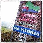 QRcode en totem de San Vitores, Medio Cudeyo, Cantabria