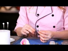 How to Make the Center of a Tulip | Sugar Flowers - YouTube