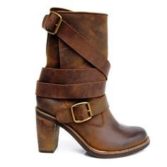 d683e0489b4b9 US $88.8 20% OFF Prova Perfetto europa Retro prawdziwe skórzane połowy  obcas buty kobieta skóra bydlęca nagie buty Martin klamry pasek czarny  rycerz buty w ...