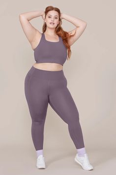 This item is unavailable Cactus Christmas leggings, yoga pants, capris or plus size. They are smooth and comfortable on, gre Body Reference Poses, Pose Reference Photo, Female Reference, Figure Reference, Poses Modelo, Plus Size Posing, Outfit Zusammenstellen, Modelos Plus Size, Figure Poses