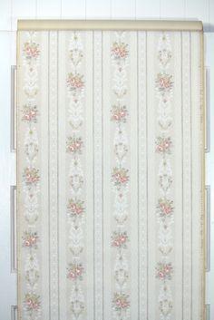1930s Floral Vintage Wallpaper