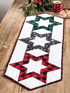 Quilted Table Runners Christmas, Patchwork Table Runner, Christmas Runner, Table Runner And Placemats, Quilt Table Runners, Quilted Table Runner Patterns, Table Topper Patterns, Fall Table Runner, Modern Table Runners