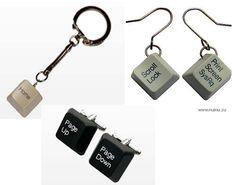 accesorios de moda realizados con teclas de teclado ordenador.19bis.com