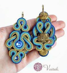 Soutache Jewelry. Artystyczna Biżuteria Autorska Katarzyna Wojtak: #0051 Golden Blue. Kolczyki sutasz