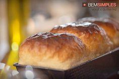 Como dourar pães. http://www.bemsimples.com/br/receitas/75573-como-dourar-paes