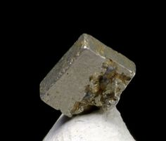 Well formed crystal of native platinium.  Russia