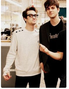 dallon weekes aka tol bean with brendon urie aka normally tol bean that's smol next to tol bean
