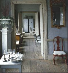 I ♥ Gustavian style interiors! Raw and rough woody materials, though with that little delicate, elegant and refined touch!