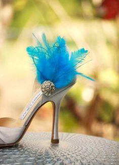 Shoe Clips Something Blue / Ivory / White / Black / by sofisticata, Wedding / Bridal portraits heels. Custom made colors. http://sofisticata.etsy.com