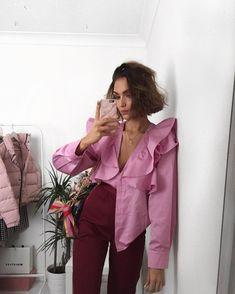 Pink lady. Unplugged.