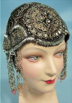 1920s headdress via Antique Dress 1920s Evening Dress 1b11fb9788b