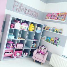 Une salle de jeux m ga top pour les enfants stickers - Jeux de rangement de chambre de fille ...
