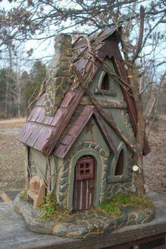 Vintage Folk Art Primitive Hand Carved Cottage Fairy House Gnome Elf Log Cabin