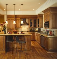 Fascinating interior design ideas for kitchen color schemes with chandelier - Interior Design Ideas For Kitchen Color Schemes In Modern Design Kitchen Remodel Small, Kitchen Design, Kitchen Decor, Kitchen Colour Schemes, Kitchen Interior, Kitchen Redo, Tall Kitchen Pantry Cabinet, Beautiful Kitchens, Home Decor