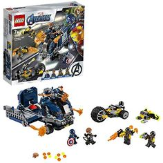 Captain America and Hawkeye& LEGO Avengers truck is ambushed by 2 bad guys on a motor-trike with a drone. Time to reveal the truck& secret crossbow! Kids will love this cool superhero action set with 4 LEGO minifigures and the Avengers truck. Lego Marvel's Avengers, Marvel Avengers Movies, Lego Marvel Super Heroes, Hawkeye, Captain America, Lego Ninjago, Lego Duplo, Lego Technic, Legos