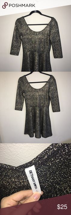Gold Mid Sleeve Dress Bethany Mota mid sleeve gold dress, worn once great condition price is negotiable!! Dresses Midi